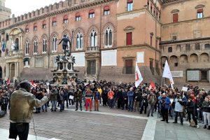 Bologna contro il razzismo e lo sfruttamento
