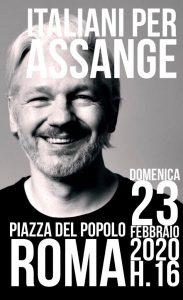 Roma: performance per Assange in occasione dell'inizio del processo