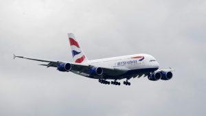 Un avión bate el récord de velocidad en un vuelo transatlántico gracias a una tormenta (VIDEO)