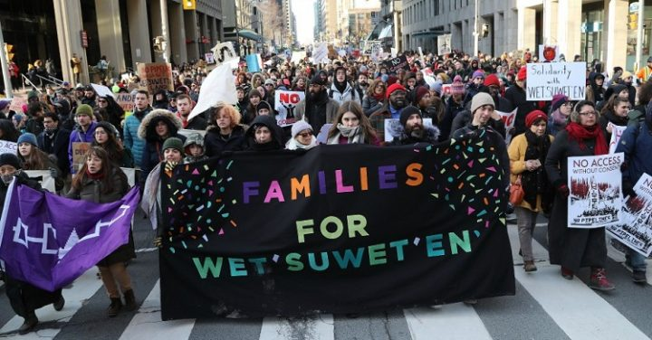¿Estrategia mediática? La Real Policía Montada de Canadá (RCMP) ofreció retirarse del territorio Wet'suwet'en