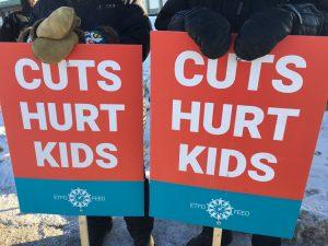 Ontario. Débrayage mardi et jeudi plus de 100.000 enseignants en grève