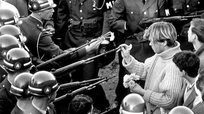 """Bologna: presentazione di  """"Potere forte. Attualità della nonviolenza"""""""