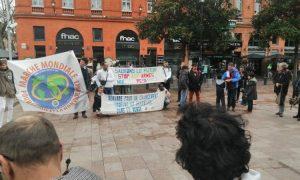Passage de la Marche mondiale pour la Paix et la Nonviolence à Toulouse