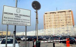 Raccolta solidale per i detenuti del carcere delle Vallette a Torino
