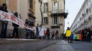 Campagna Lesvos Calling, Torino è solidale