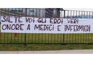 Cuba envoie 53 médecins pour aider la Lombardie