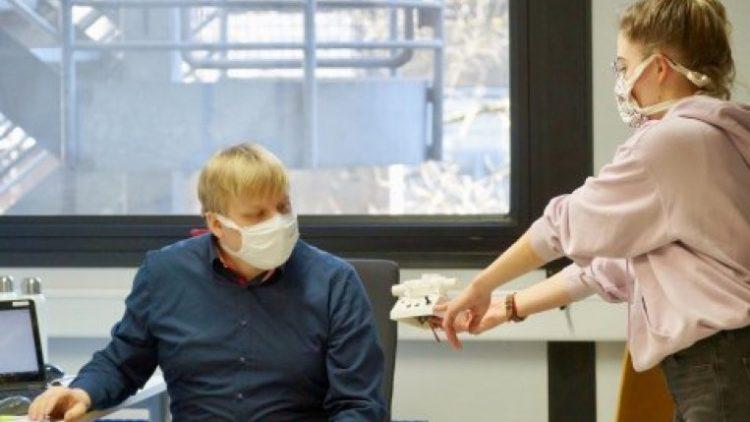 Ein Team aus Forschung und Technik in Marburg und Gießen hat zwei Typen von Beatmungsgeräten entwickelt,