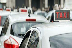 Covid-19: L'accorata protesta dei tassisti milanesi
