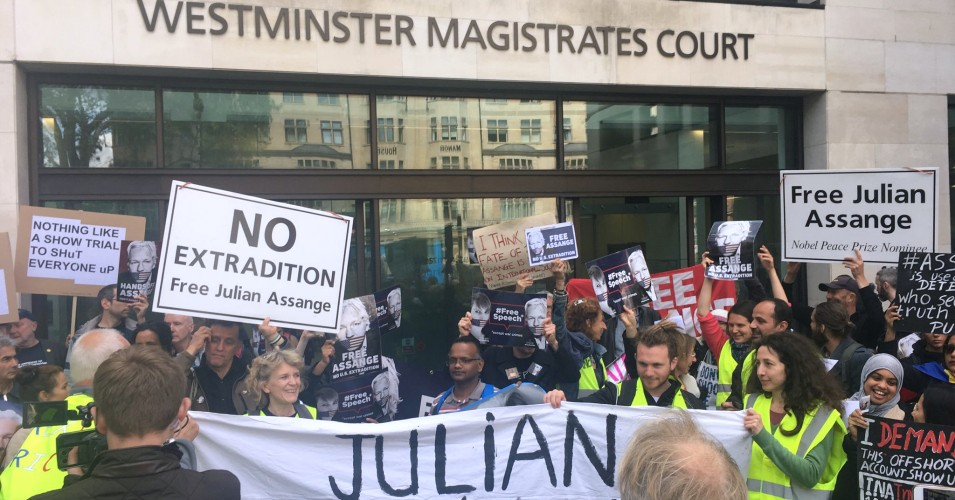 Stop the Extradition of Julian Assange-Defend Freedom of the Press