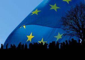"""La """"comunità"""" europea non c'è più dal 1992. L'Unione Europea è in disfacimento. La soluzione?"""