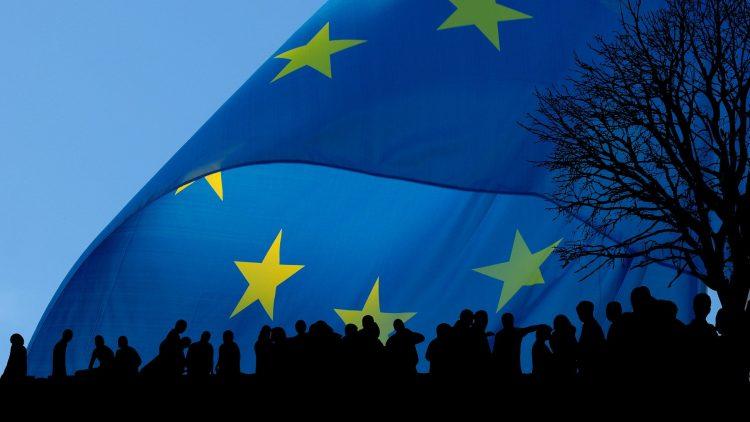 La « Communauté » européenne n'existe plus depuis 1992. L'Union Européenne s'efondre. La solution ?
