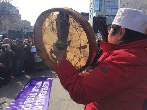 Montréal 8 mars les femmes dénoncent la violence verbale et l'intimidation