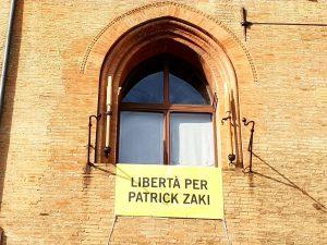 Egitto, l'Alma Mater di Bologna manderà i libri in carcere a Zaki