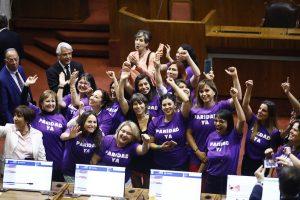 Cile: approvata la parità di genere nel processo costituente