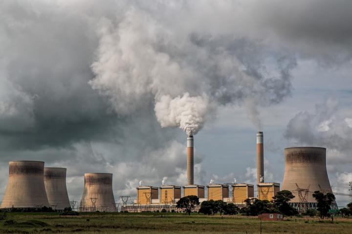 Negli ultimi tre anni Unicredit ha finanziato il carbone con oltre 6 miliardi di euro