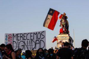 Il Cile dimenticato dal mondo: non sono 30 pesos sono 30 anni