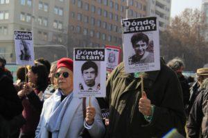 """[Chile] La cruzada solidaria por los """"abuelitos"""" de Punta Peuco"""