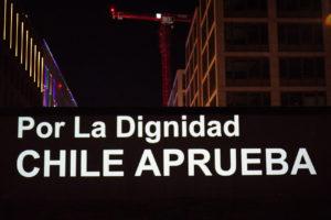 Desde el Muro de Berlin a Chile/Wallmapu APRUEBO