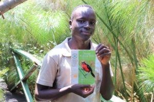 Una pasarela y unas aves protegen gran humedal del lago Victoria