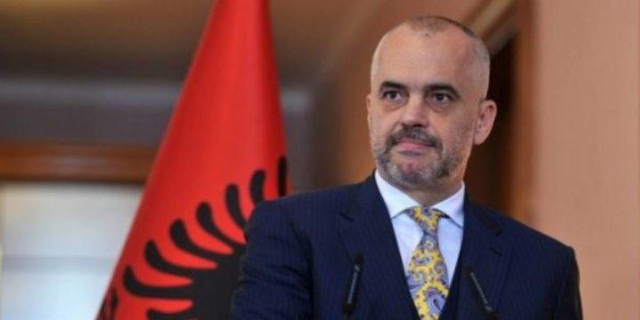 Bir Arnavutluk hikayesi: Koronavirüs günlerinde dayanışma