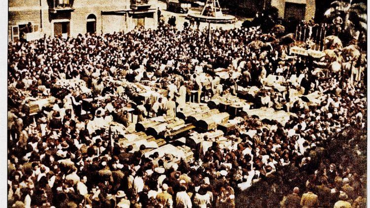 I funerali dell'eccidio di Grugnasco, 30 aprile 1945