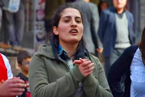 Helin est partie, sa protestation nonviolente n'a pas été entendue…