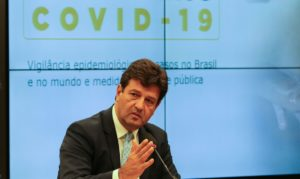 Brasil: Bolsonaro despide al ministro de Salud en medio de la pandemia