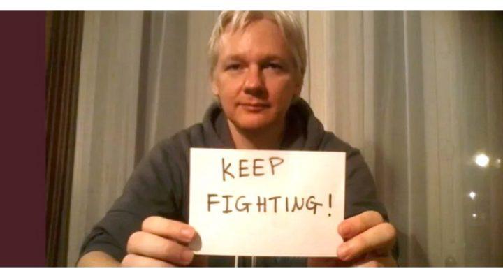 Anniversaire de l'arrestation de Julian Assange. Un an déjà.