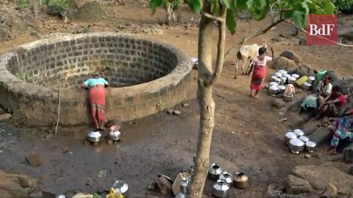 India: la escasez de agua afecta a 600 millones de personas y dificulta la prevención del coronavirus