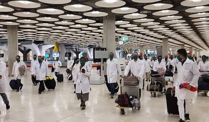 médicos cubanos llegando a Italia