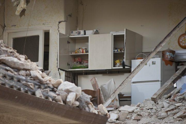 El 6 de abril de 2009 L'Aquila, dos testimonios once años después del terremoto