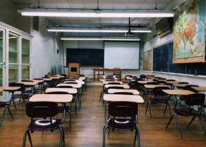 Rechtsgutachten zeigt: R2G ermöglicht Verkauf von Schulen an Finanzinvestoren