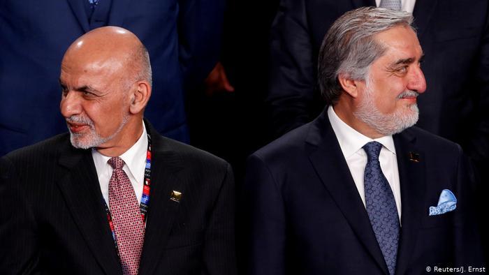 El presidente afgano y su rival firman acuerdo para compartir el poder