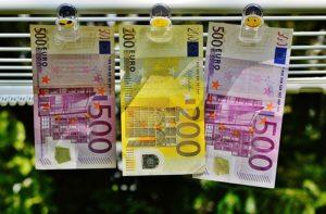 Τα χρήματα είναι ένα κομμάτι χαρτί