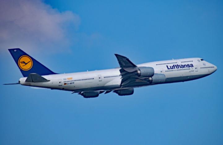 Finanzwende-Studie: Lufthansa verschiebt sehr wahrscheinlich Gewinne in Schattenfinanzzentren
