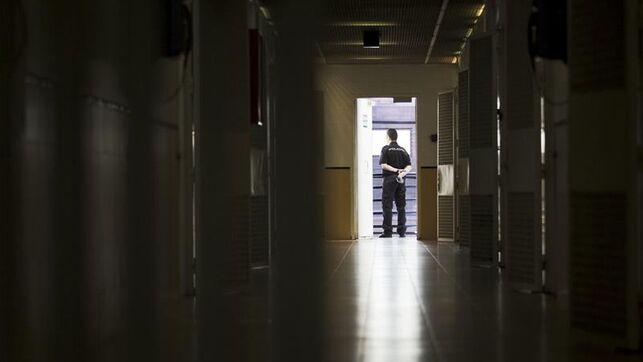Los CIE de España se quedan vacíos tras la liberación del último interno de Algeciras