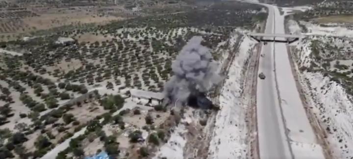 Siria – Idlib, attentato contro il convoglio dell'esercito turco