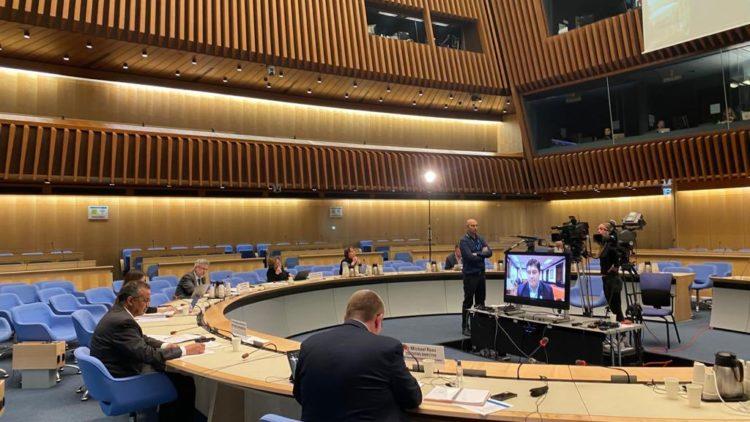 L'Organisation mondiale de la santé OMS en faveur d'un réservoir international de brevets