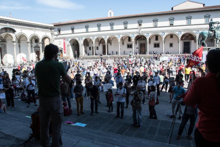 Firenze: la scuola in piazza per riaprire e rilanciare
