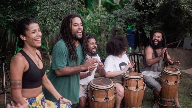 Quilombaque: firmeza permanente, não-violência, arte... emancipação