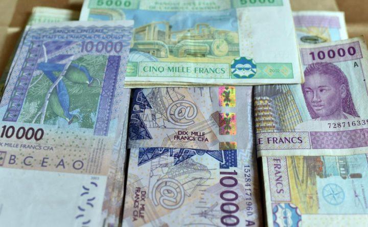 Africa, passo storico di Parigi: la Francia rinuncia al franco Cfa