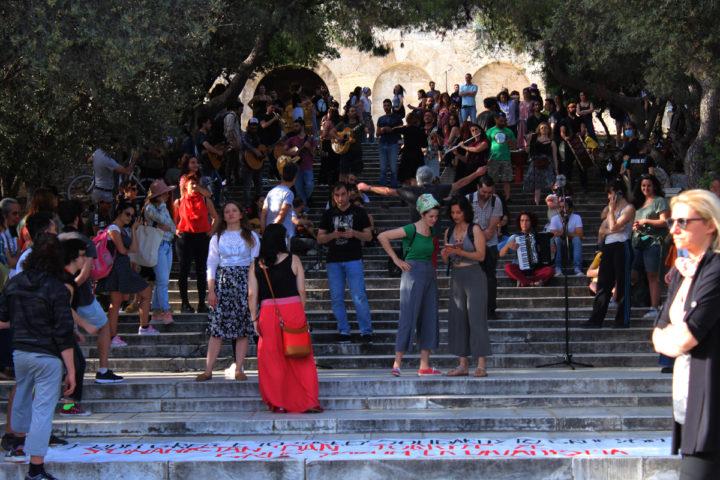 De la plaza Taksim a los escalones del Odeón de Herodes Atticus