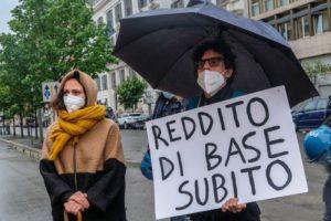 Roma deve respirare: in 'piazza' per un reddito di base