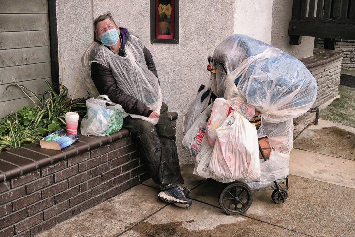 COVID-19 – die Armen zahlen den Sterbezoll