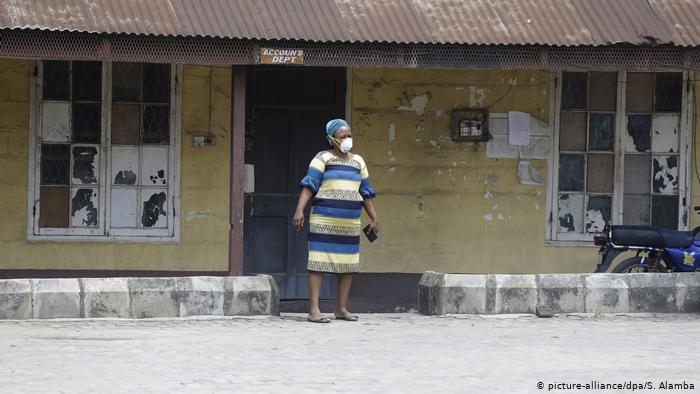 Bleiben Afrikas Frauen auf der Strecke?