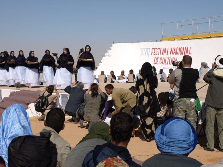 """El Sahara Occidental y sus habitantes, que la metrópoli convirtió en """"la Provincia 53"""""""