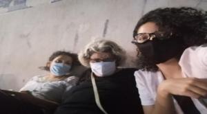 Egitto, arrestata Sanaa Seif: attivista e sorella del blogger Alaa Abdel Fattah