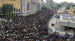 Ο Adama Traoré στον απόηχο του Τζόρτζ Φλόιντ: χιλιάδες διαδηλωτές στους δρόμους της Γαλλίας