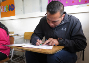 Ministerio de Educación suspende la educación de personas jóvenes y adultas en Colombia durante el 2do semestre 2020