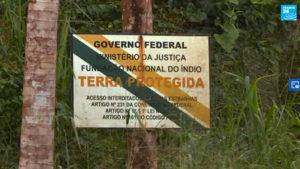 Gli indigeni brasiliani si aiutano da soli contro la volontà del governo